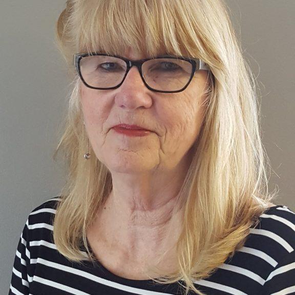Lynda Miron, Office Assistant